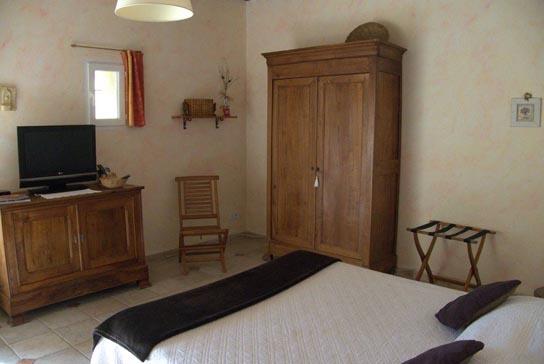 Chambres 1 au Mas du Puits, chambres d\'Hôtes en Provence
